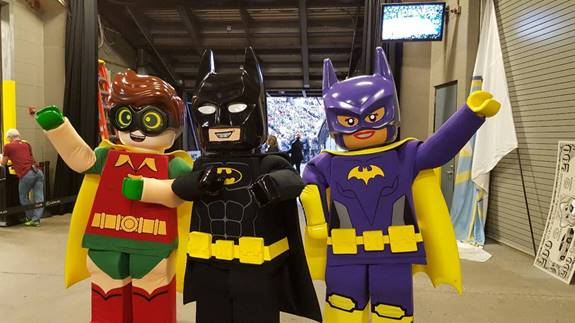 LEGO Batman Robin and Batgirl will make several appearances around the Phoenix Metropolitan Area! You can take free pictures with your favorite character ... & LEGO BATMAN ROBIN u0026 BATGIRL ARE COMING TO PHOENIX! - North Phoenix ...